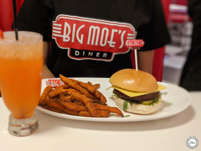 Big Moe's Diner – The Green Menu!