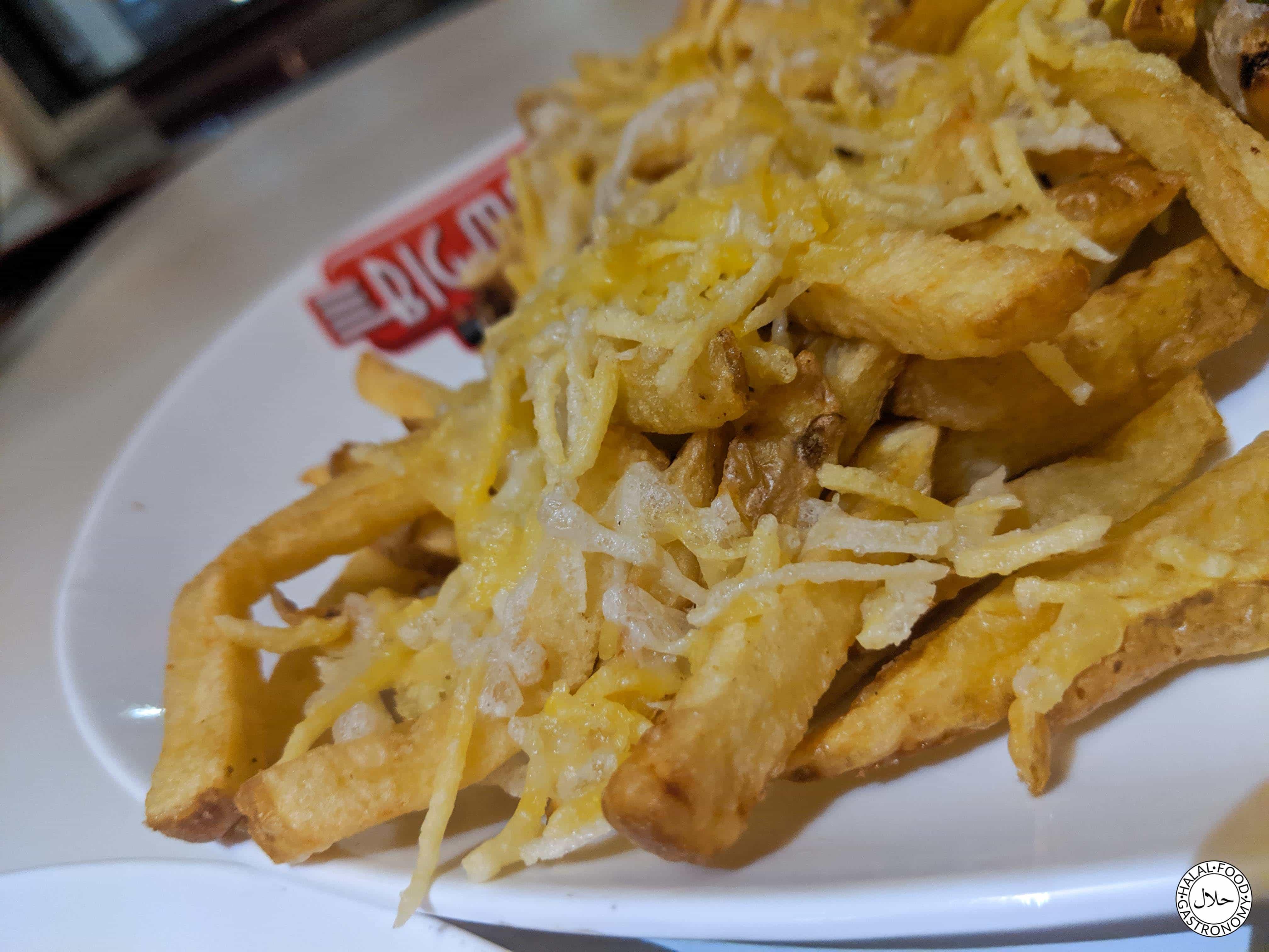Big Moes Diner The Green Menu Halal Food Gastronomy